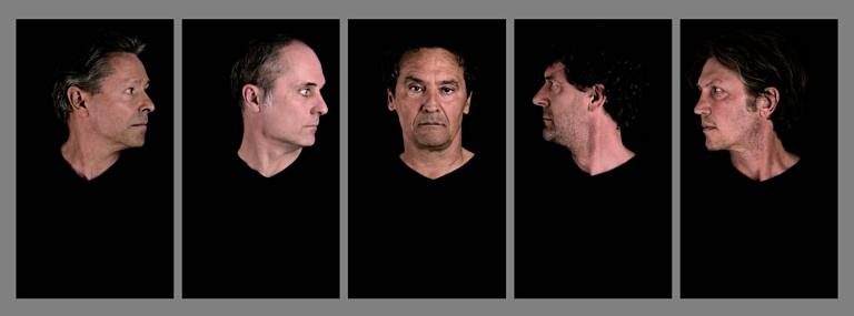 Bla bla, video-installatie vijf monitoren, Andries de Marez Oyens, 2018.
